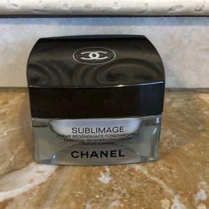 CHANEL Makeup - Chanel sublimage face cream